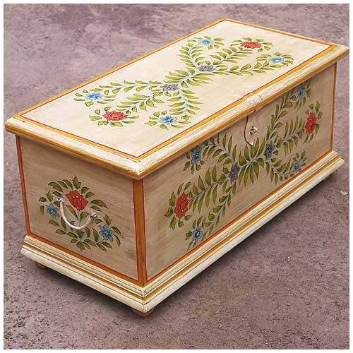 hand painted floral distressed coffee table trunk. Black Bedroom Furniture Sets. Home Design Ideas