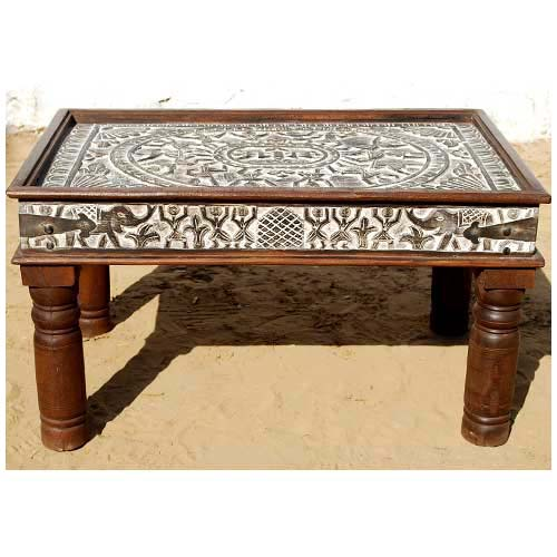Solid wood antique tribal carving cocktail coffee table for Tribal carved coffee table