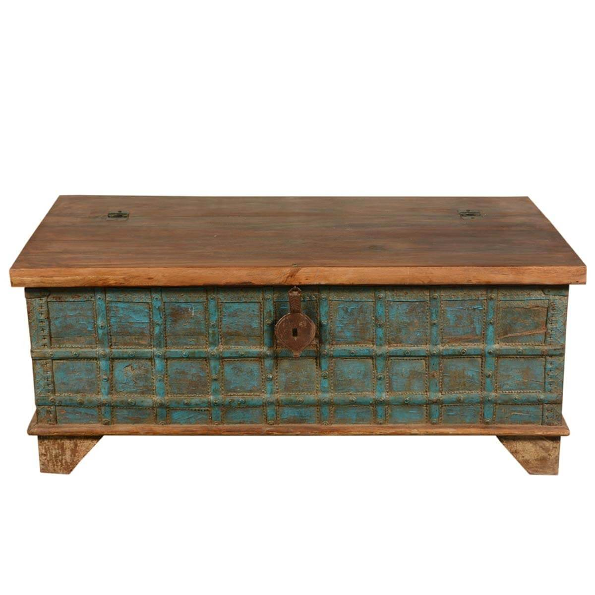 Emerald captain 39 s stash reclaimed wood coffee table storage chest Coffee table chest with storage