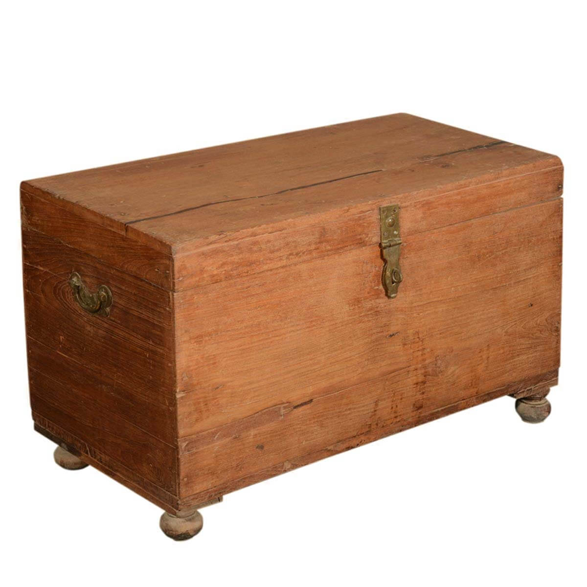 Grinnell primitive reclaimed wood storage coffee table chest for Reclaimed wood coffee table with storage