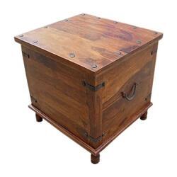 Attirant Square Wood With Metal Storage Trunk Box Accent