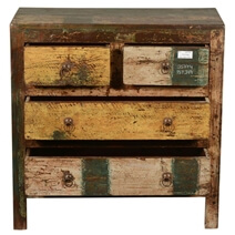 New Memories Rustic Reclaimed Wood Flat Front 4-Drawer Dresser