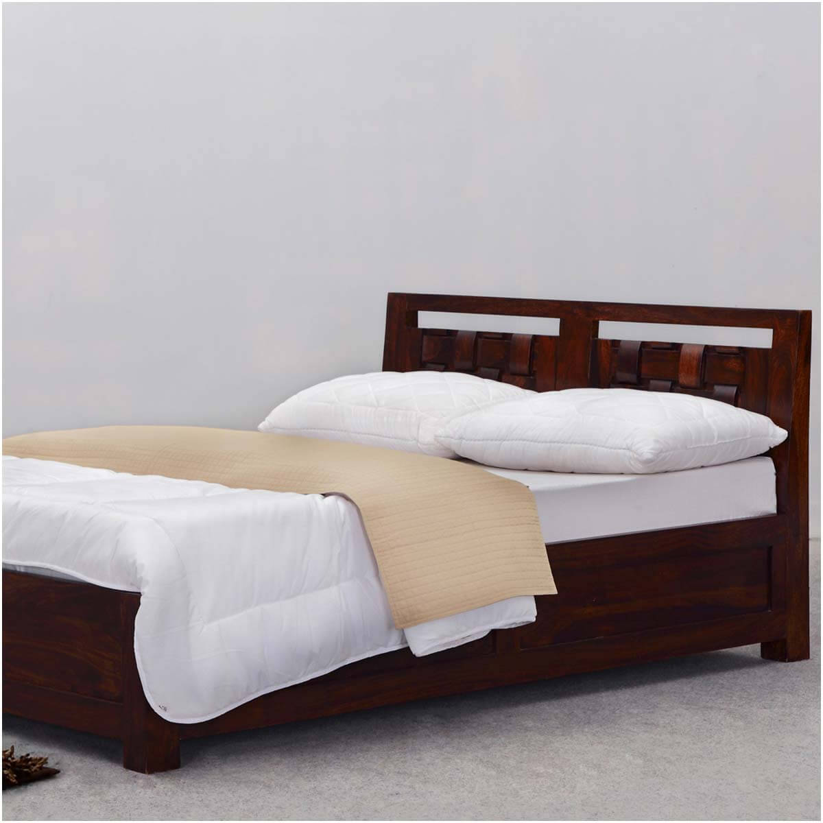 modern rustic minnesota solid wood california king size platform bed. Black Bedroom Furniture Sets. Home Design Ideas