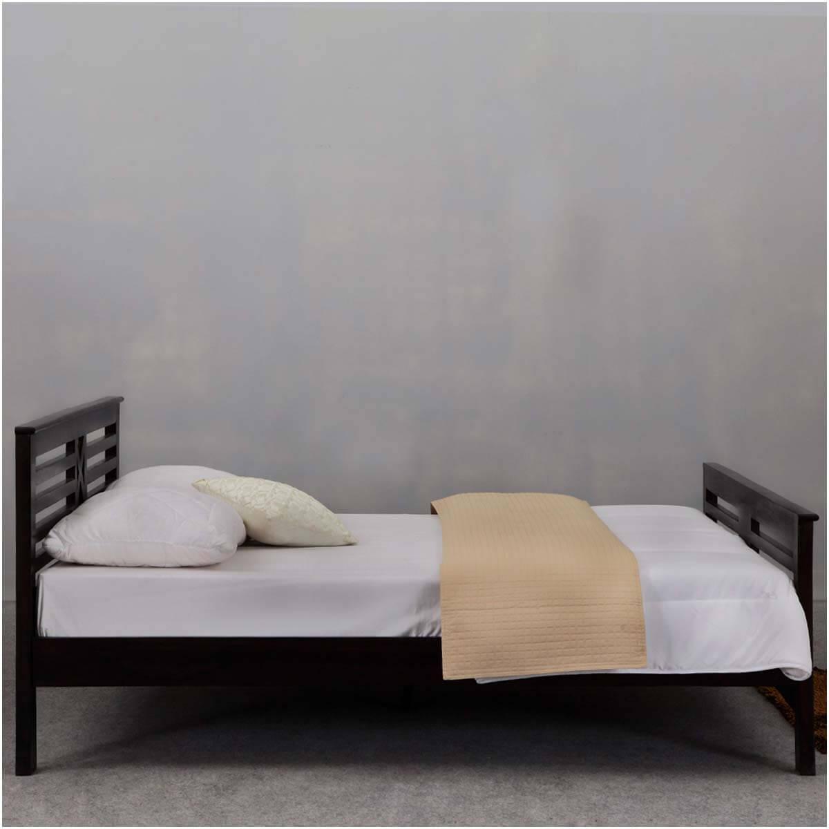 texas solid wood modern platform bed frame w headboard footboard. Black Bedroom Furniture Sets. Home Design Ideas